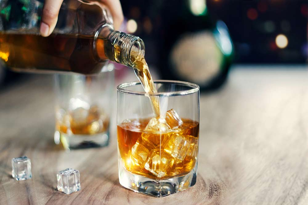 Should You Mix Whisky