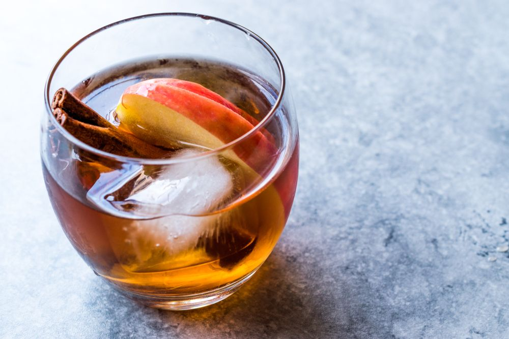 Apple Cider Mix With Honey Whiskey