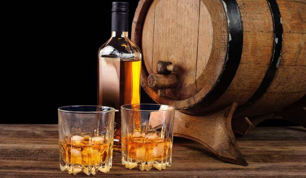 How to Drink Whiskey Straight