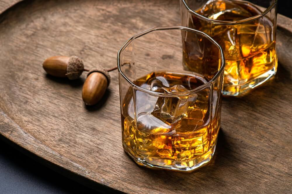 What to Mix With Bourbon Whisky