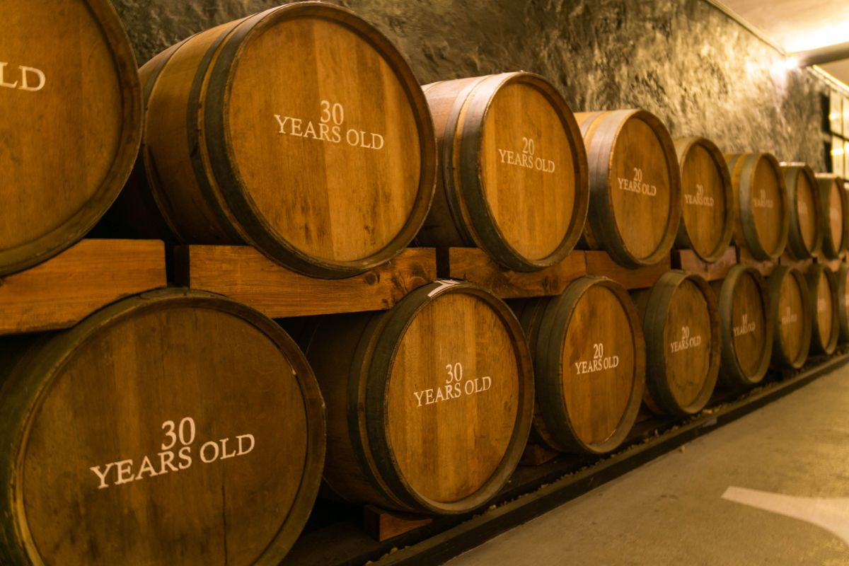 Aging Process of Whiskey Preparation