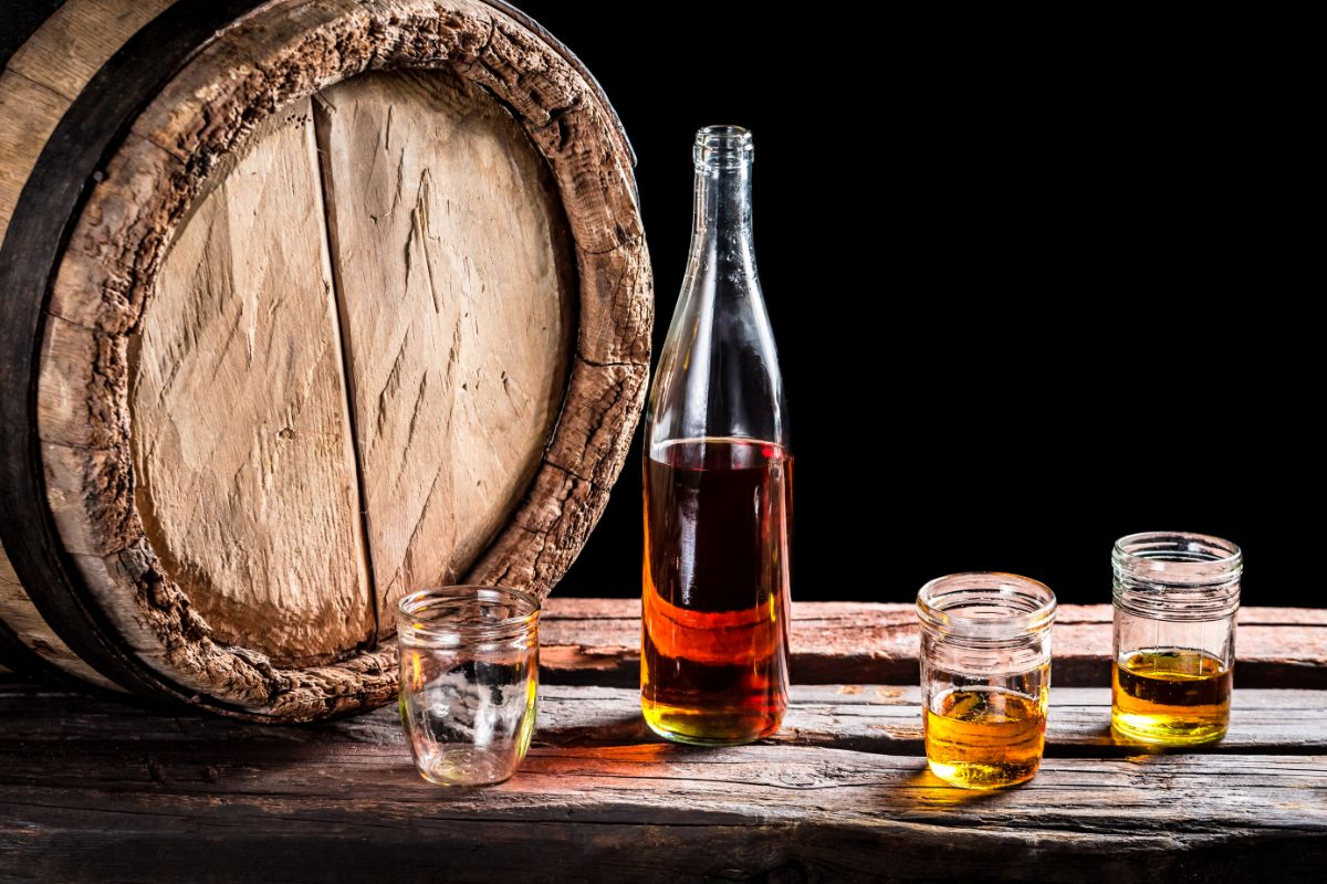 Science Behind Water Dropper for Whiskey